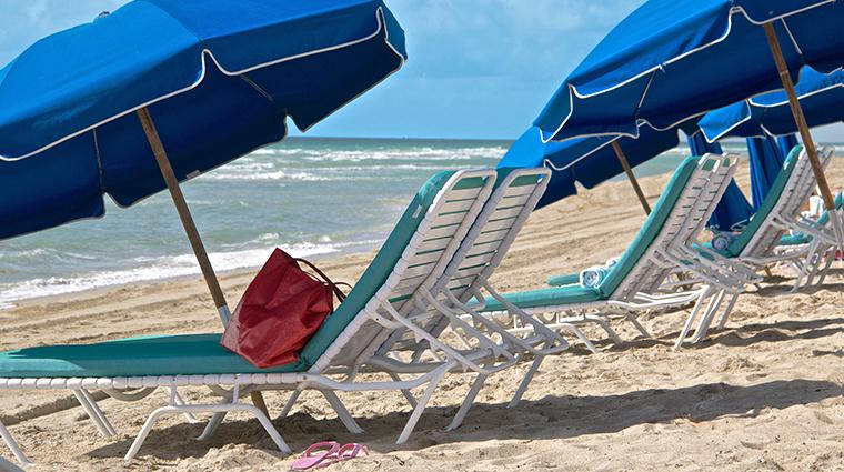 marenas beach resort beach lounge chairs