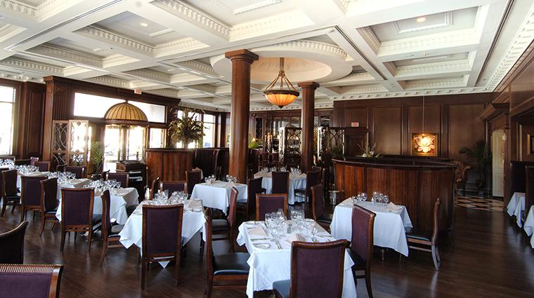 Market Pavilion Hotel dining