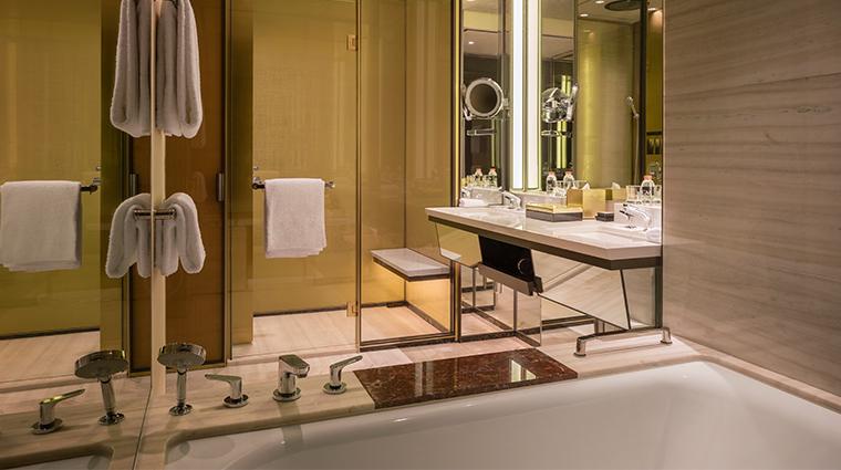 mgm cotai deluxe double bath