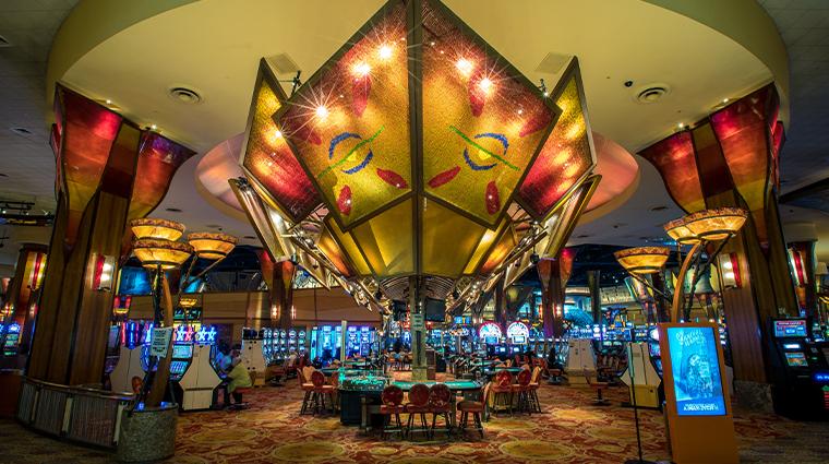 sky tower at mohegan sun casino tables