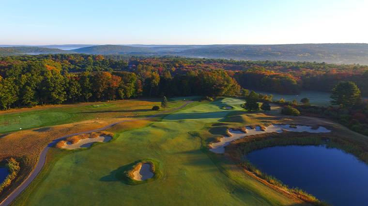 sky tower at mohegan sun golf overview