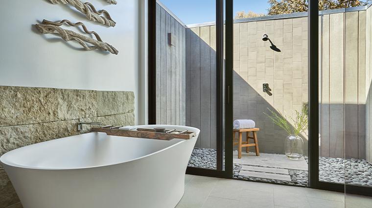 montage healdsburg tub