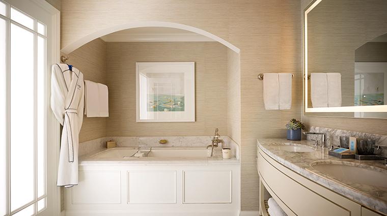 montage laguna beach guestroom bathroom
