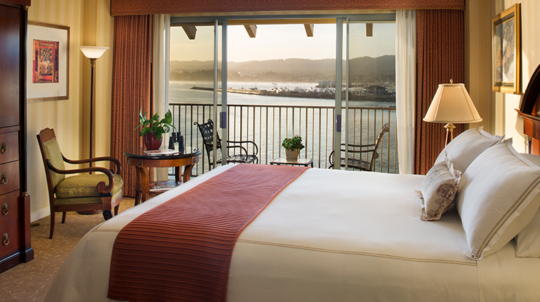 monterey plaza hotel spa harbor view guestroom