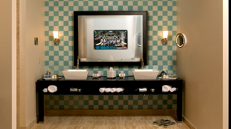 motorcity casino hotel presidential suite bathroom