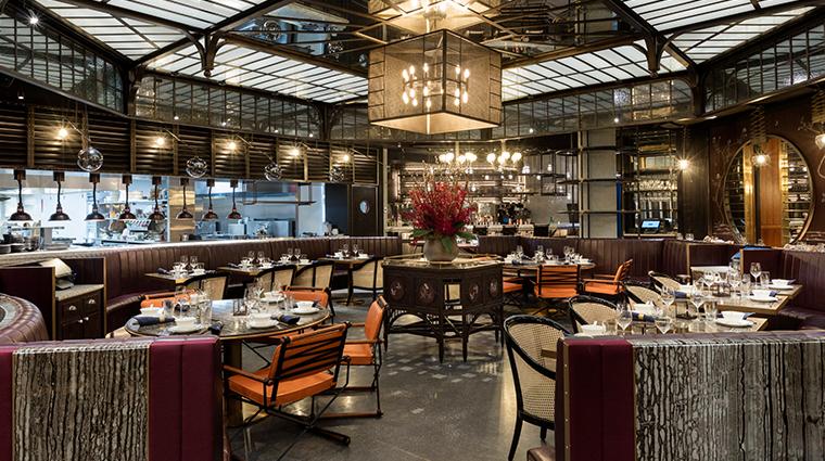mott 32 dining room center