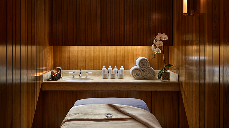 mr c beverly hills spa treatment room