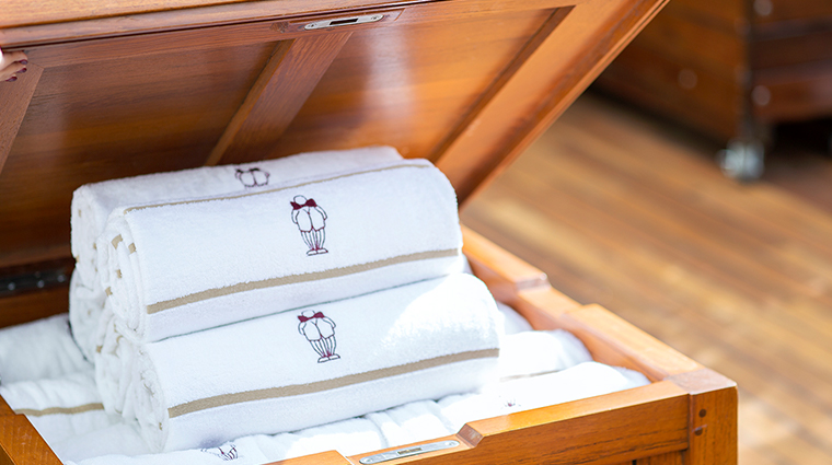 mr c beverly hills towels