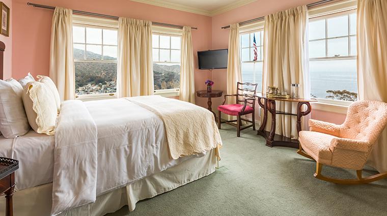 mt ada windsor guest room