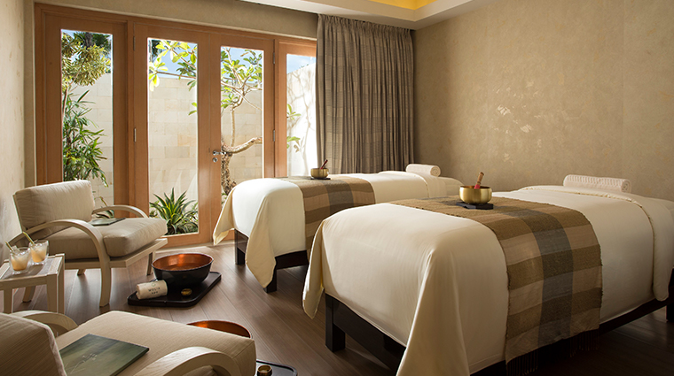 mulia spa at the mulia nusa dua bali treatment room