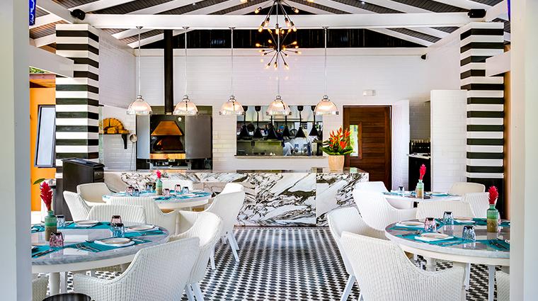 nayara springs mis amores restaurant