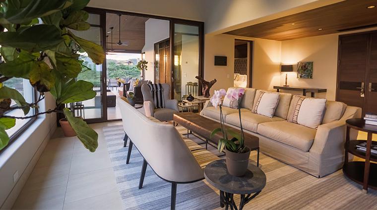 nekupe sporting resort and retreat grand suite living room
