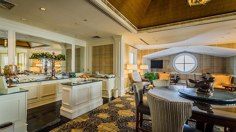 nemacolin woodlands resort chateau lafayette club floor lounge