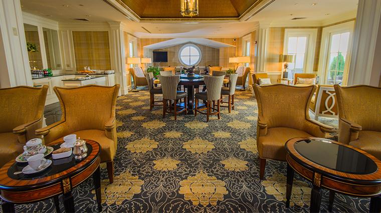 nemacolin woodlands resort chateau lafayette club floor