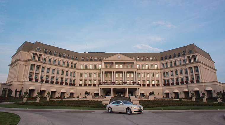 nemacolin woodlands resort chateau lafayette daytime exterior