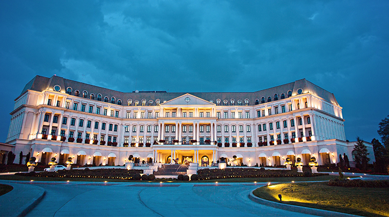 nemacolin woodlands resort chateau lafayette exterior night