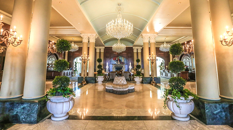 nemacolin woodlands resort chateau lafayette lobby2