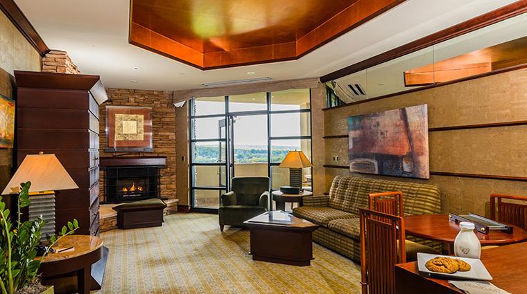nemacolin woodlands resort falling rock suite living room