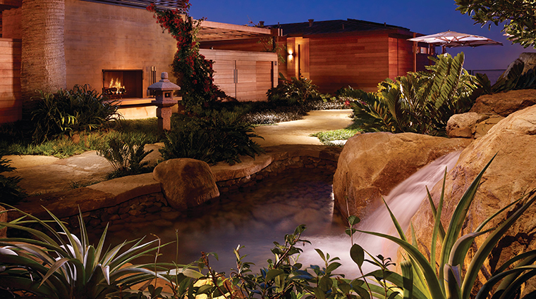 nobu ryokan malibu courtyard night