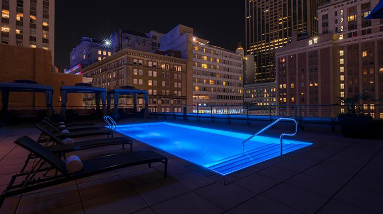 nopsi hotel pool night