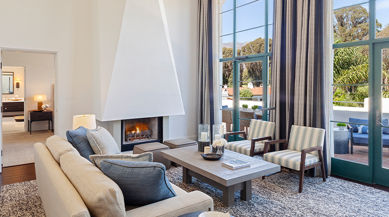 ojai valley inn Spa Penthouse Suite Moonrise Living Room Fireplace