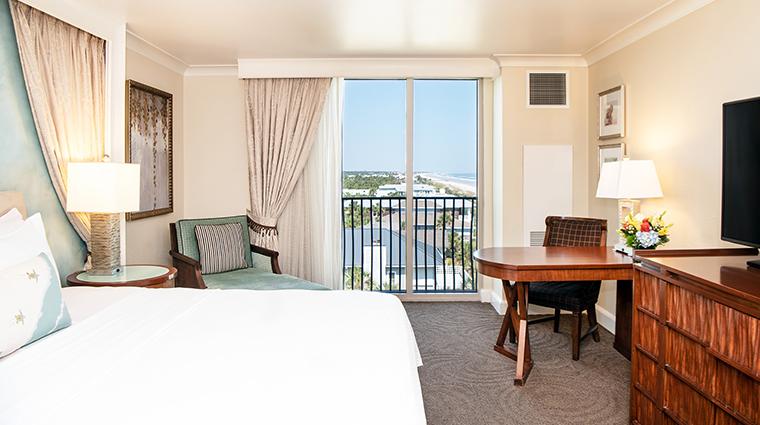 one ocean resort spa deluxe king coast view
