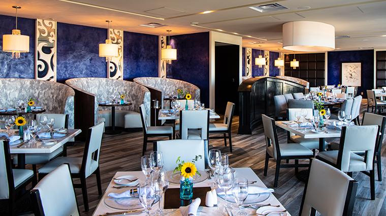 one ocean resort spa restaurant