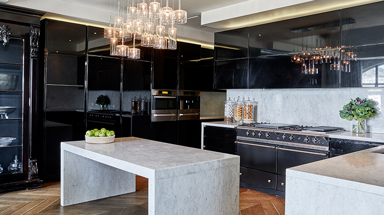 oneonly cape town penthouse kitchen