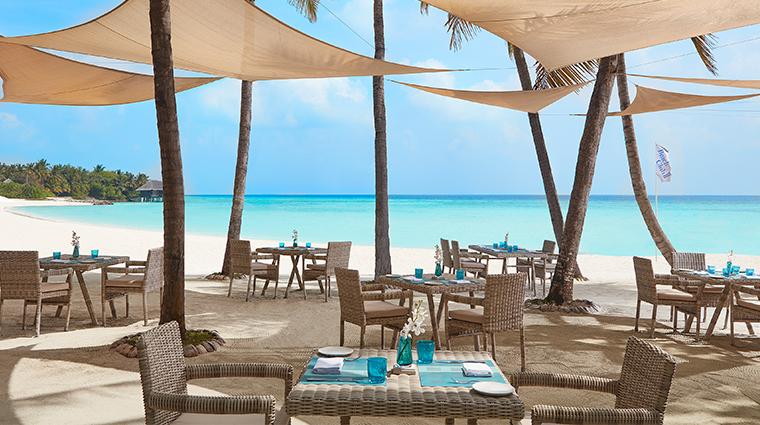 oneonly reethi rah beach club restaurant