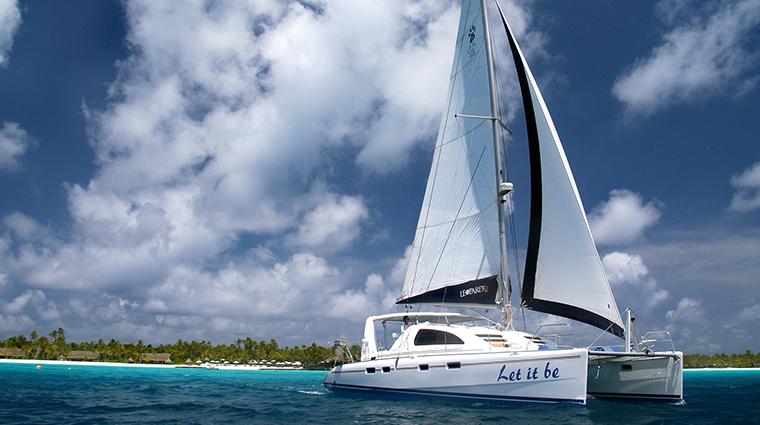 oneonly reethi rah catamaran experience