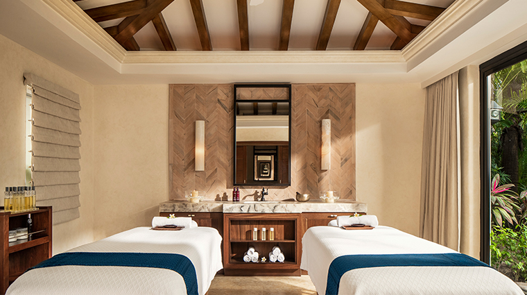 oneonly spa at palmilla couples treatment room