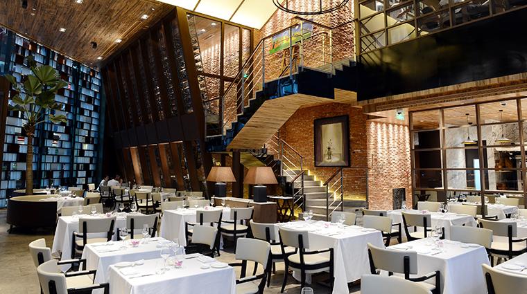 opera bombana dining room