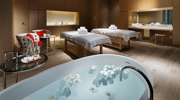 palace hotel tokyo Evian Spa Treatment Suite
