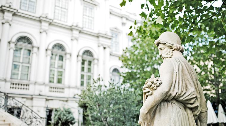 palais coburg garden