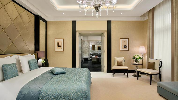 palais hansen kempinski presidential suite bedroom