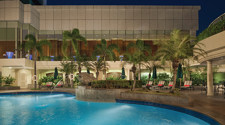 pan pacific manila swimming pool