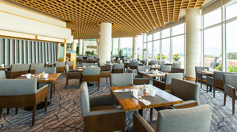 pan pacific vancouver oceans 999 restaurant