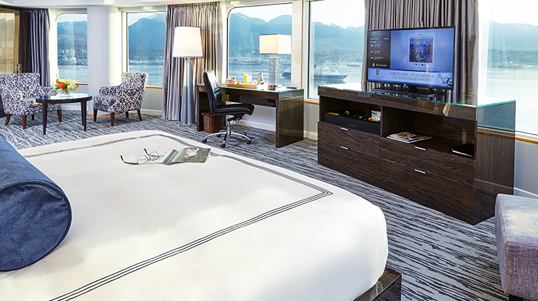 pan pacific vancouver panoramic harbour view