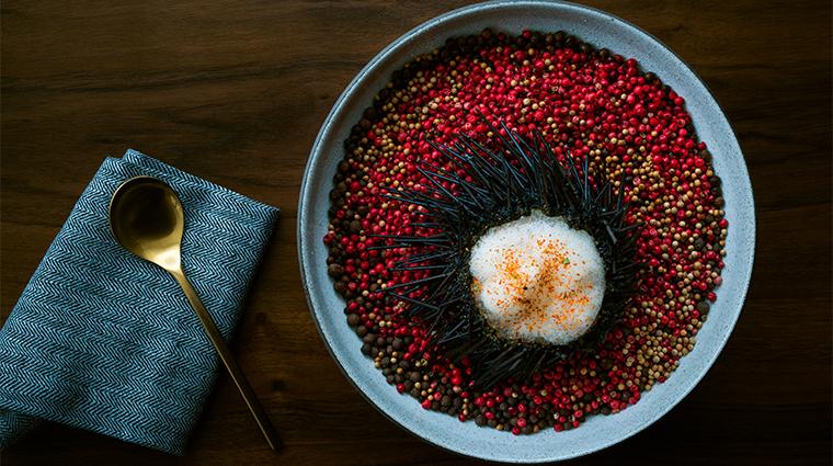 pao by paul qui signature unicorn sea urchin dish