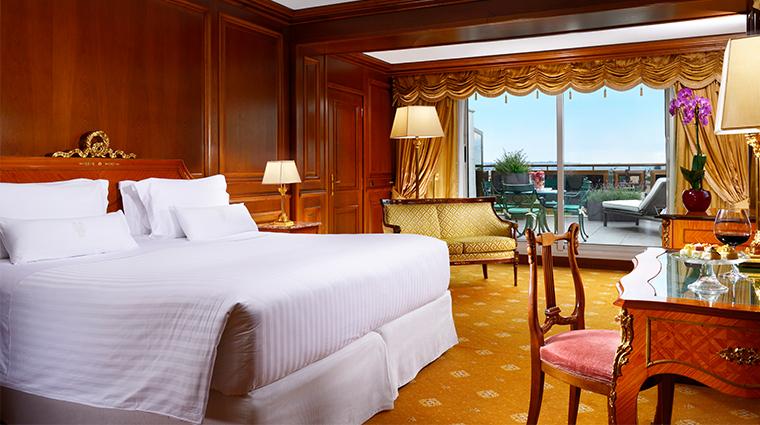 parco dei principi grand hotel spa presidential suite bedroom