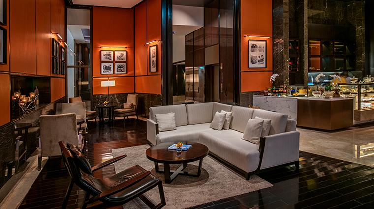 park hyatt abu dhabi hotel and villas library