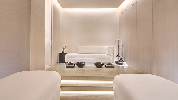 park hyatt bangkok couples treatment room
