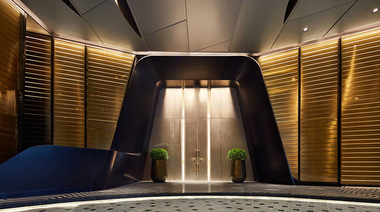 park hyatt bangkok entrance
