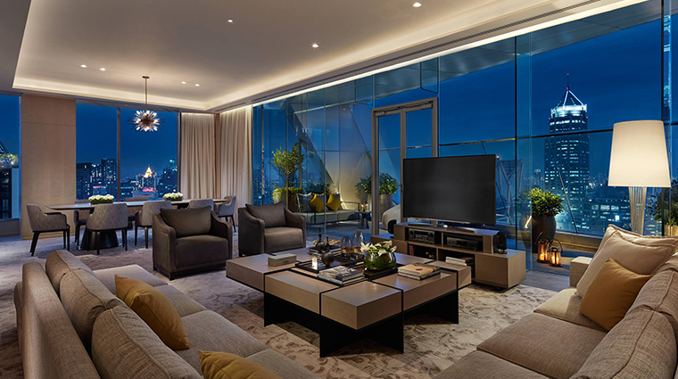 park hyatt bangkok suite living room