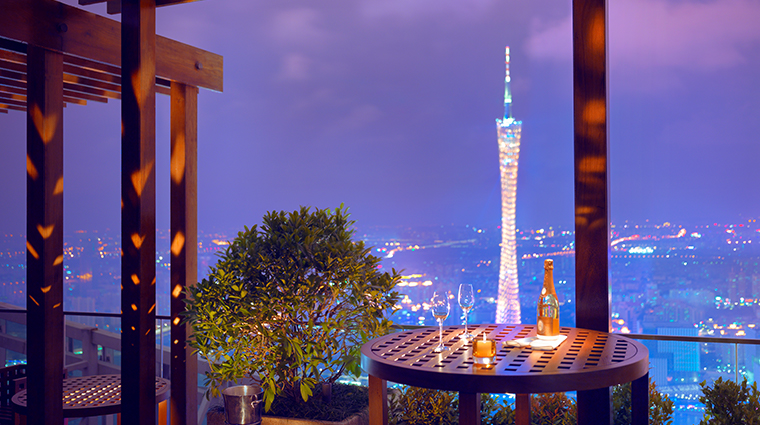 park hyatt guangzhou night view