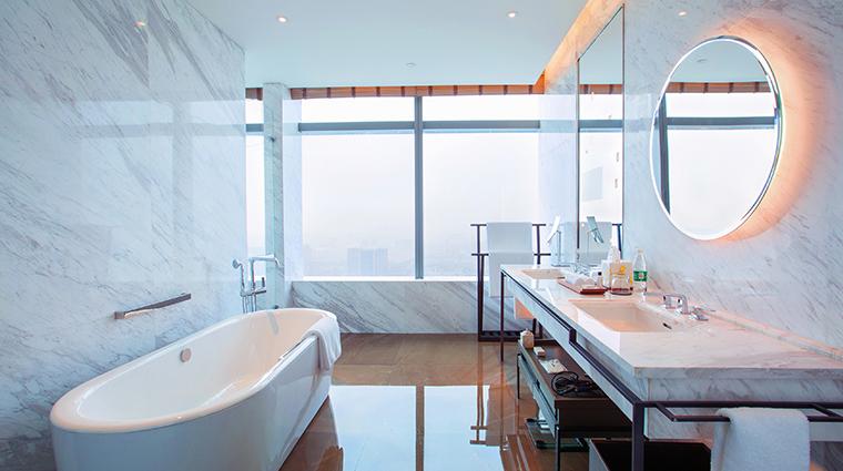 park hyatt hangzhou tub