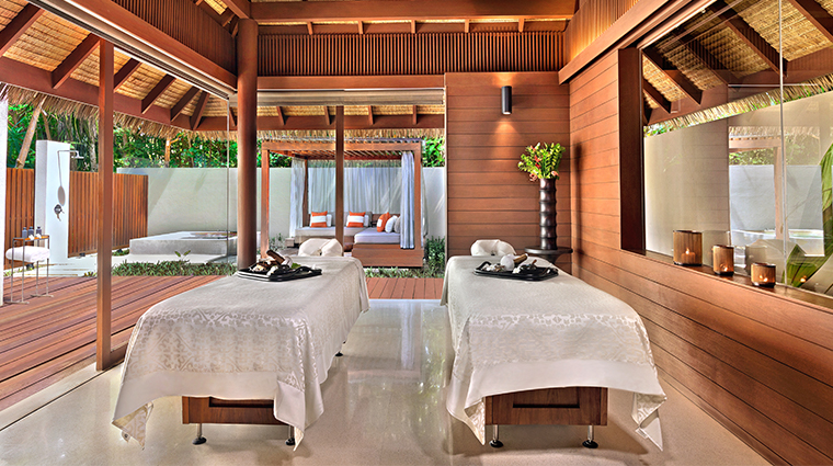 park hyatt maldives hadahaa couples treatment room