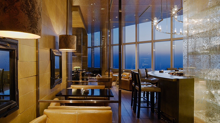 park hyatt shanghai bar and lounge