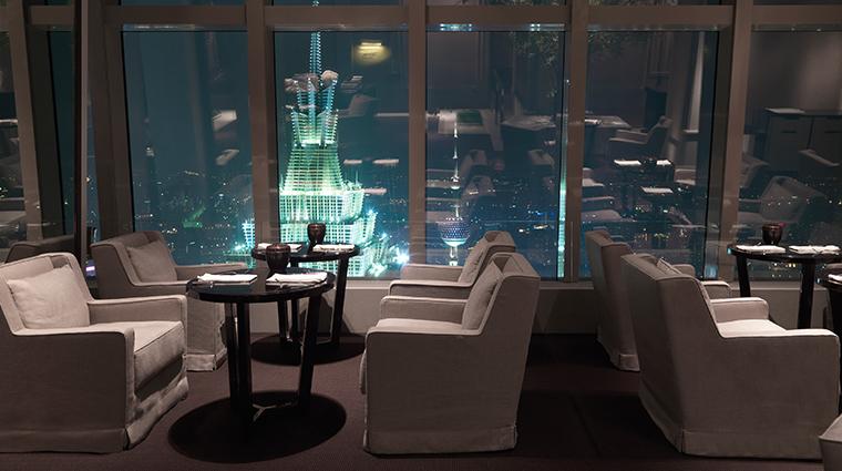 park hyatt shanghai lounge seats