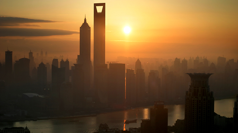 park hyatt shanghai sunset